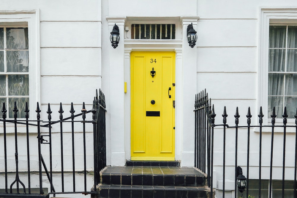 10 любими цвята за входната врата
