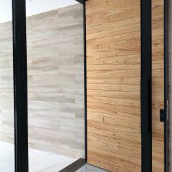 Модерна входна врата за всеки дом